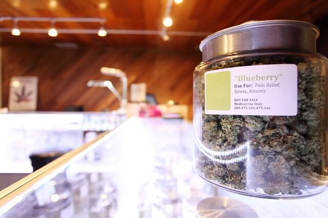 Top 10 Must-Know Cannabis Dispensary Etiquette Tips